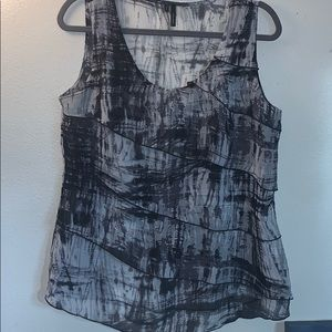 Maurices size large black and gray tank top
